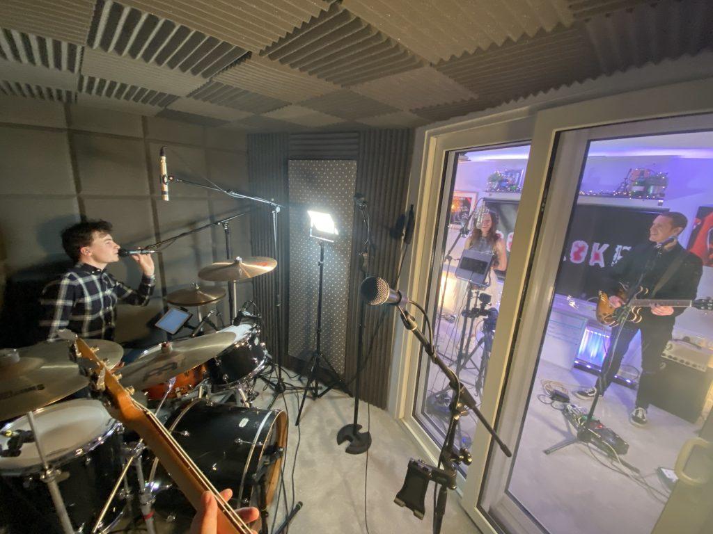 unlock the rock - live jukebox band
